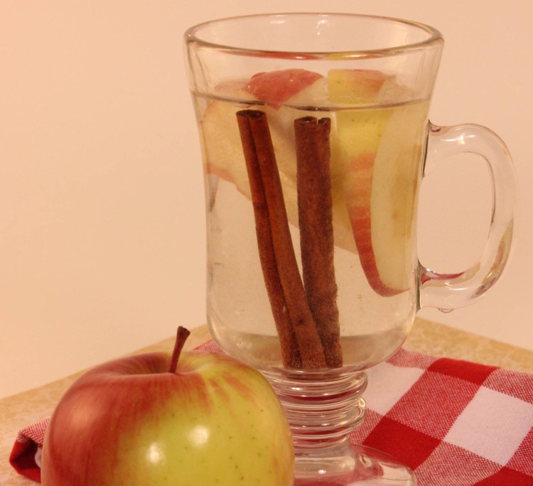 Hot Apple Cinnamon Water